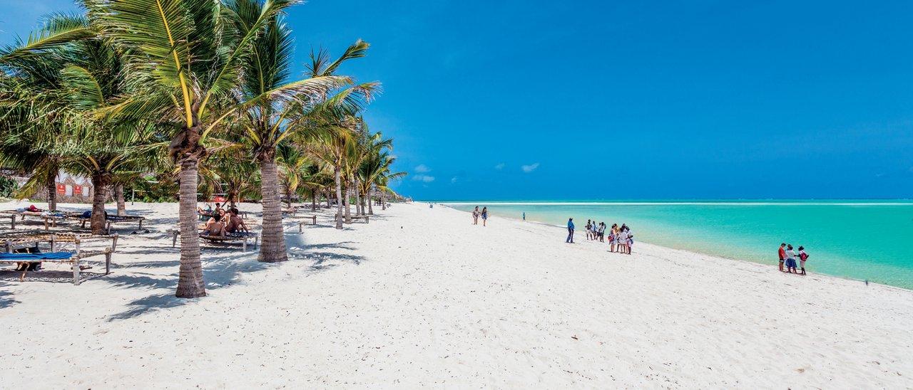 """Risultato immagini per Twiga Beach Resort & SPA"""""""